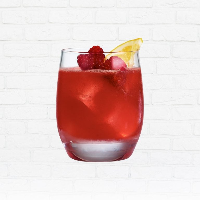passport scotch whisky cocktail berry good